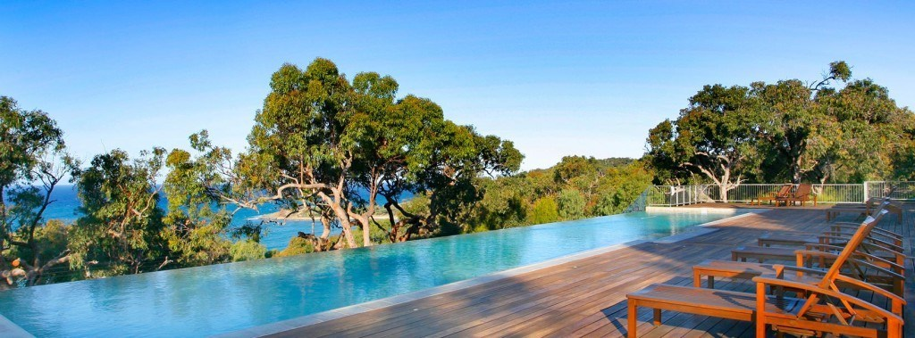 1770 Agnes Water Luxurios Beach House with a swimming pool