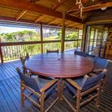 Bimbimbi deck table