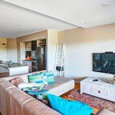 Loka Santi - living-room