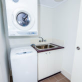 Aqui 308 Laundry with washer & dryer