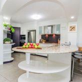 Avalon 114 - Kitchen